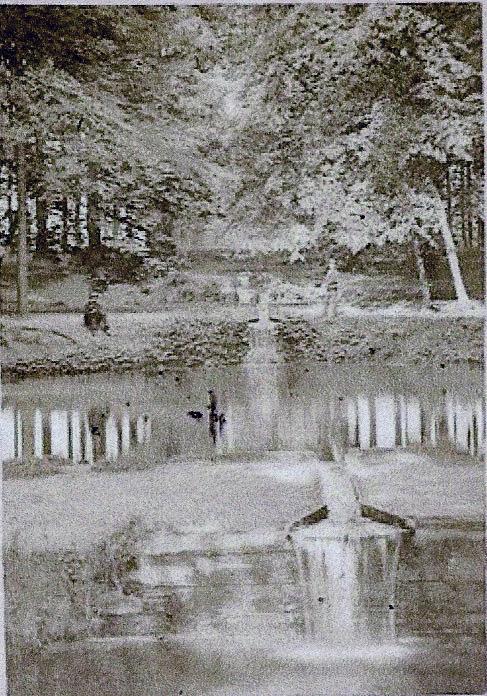 De cascade van het landgoed de Oorsprong.