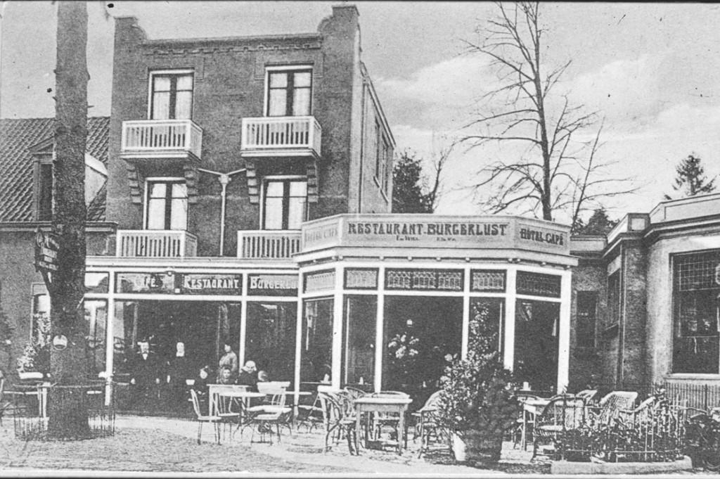 Burgerlust met het terras aan de Utrechtseweg.