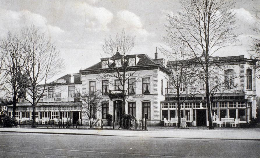 """Het hotel """"Schoonoord"""" ten tijde van het directoraat van J. van der Vlist."""