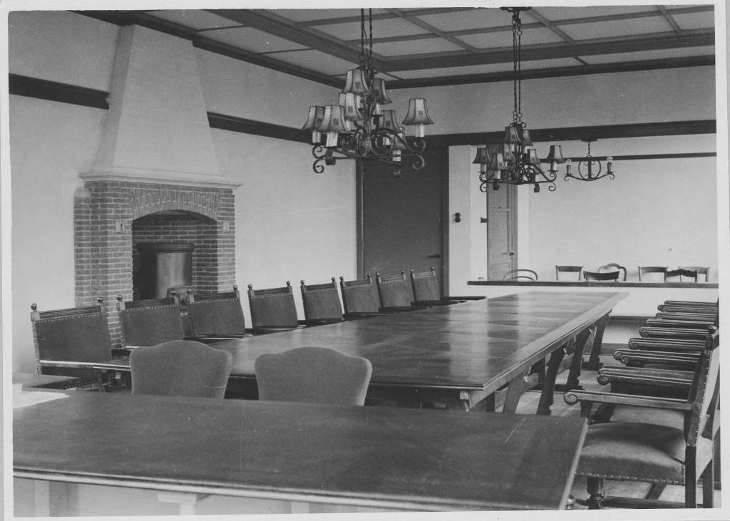 De raadzaal van het gemeentehuis de Dennenkamp.