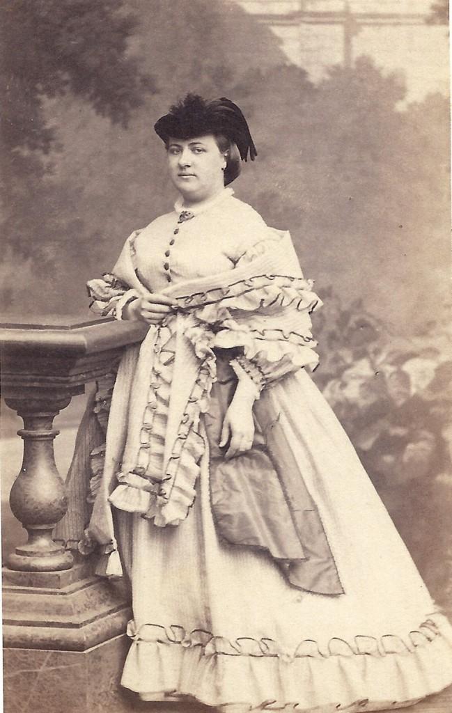 Anna Wolterbeek, begin jaren`50.