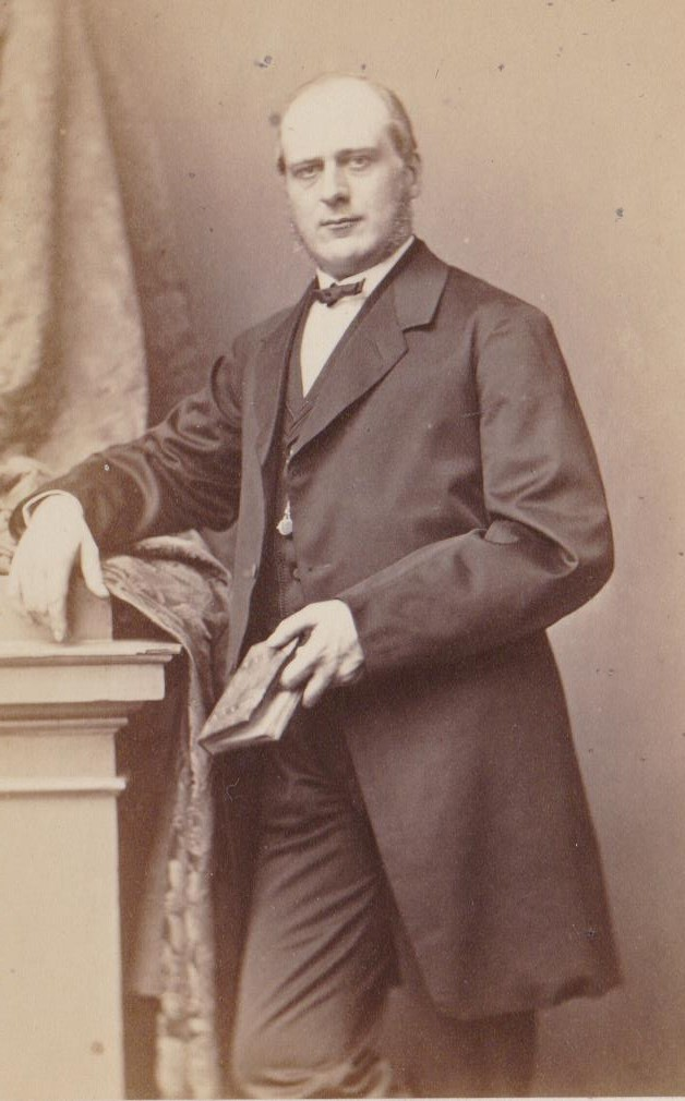Joan Leonard Wolterbeek als jong advocaat