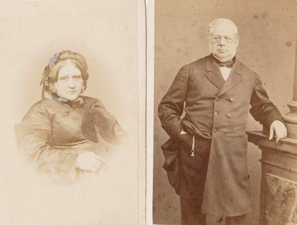Twee portretten uit 1864 van Henrietta Wolterbeek- Meyer en Robert Daniël Wolterbeek
