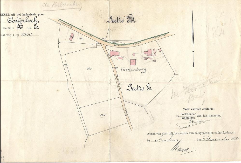 """Plattegrond van het buiten """"Valkenburg met de bijgebouwen aangegeven op de kaart."""