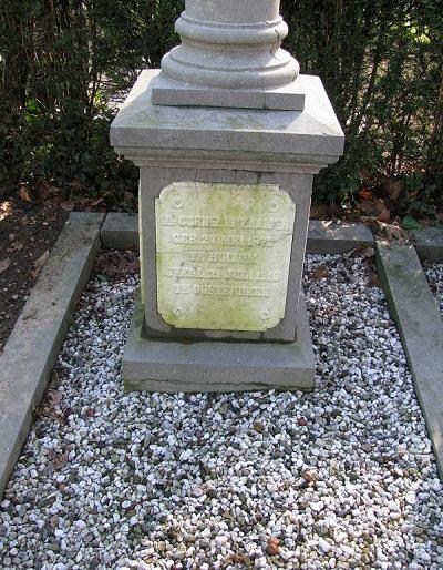 graf van Cornelis Zaaijer op de Nieuwe Begraafplaats Zuid te Oosterbeek