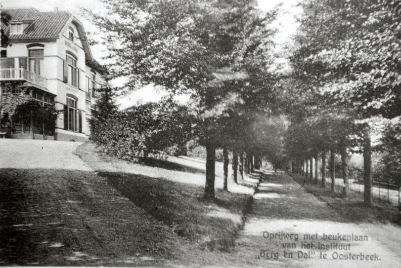 Het instituut Berg en Dal (kostschool) aan de Graaf van Rechterenweg