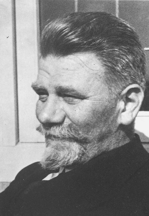 Dr. Isaac Brevée