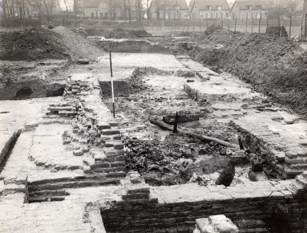 Foto opgraving kasteel Grunsfoort