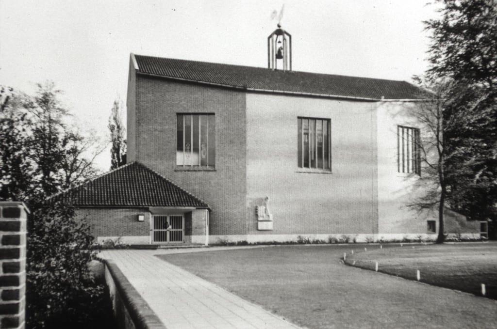 """De """"Goede Herderkerk"""" in 1953"""