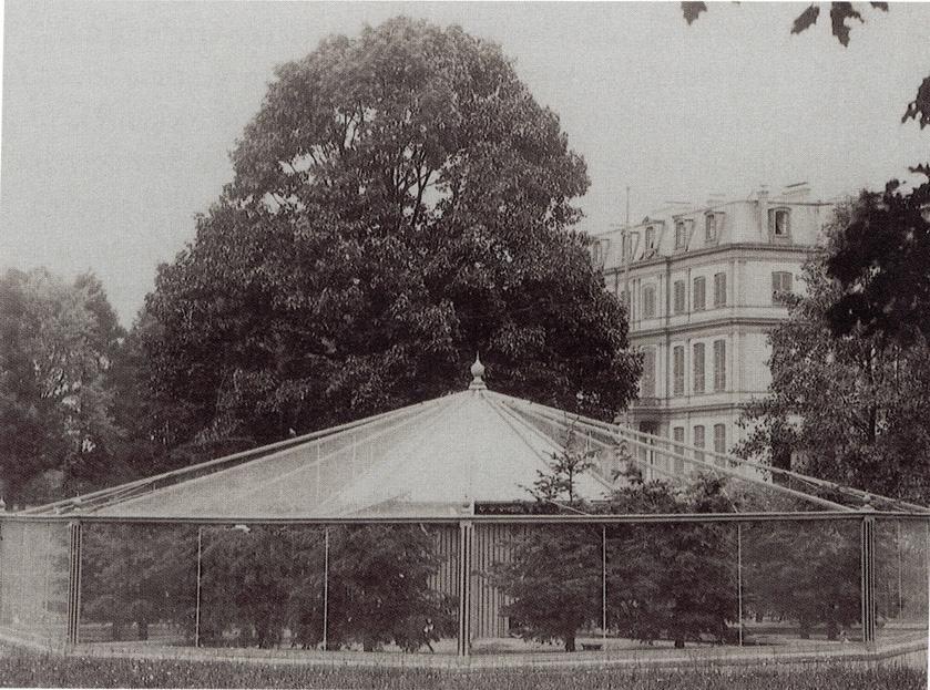 De door Hendrikus van Roest gebouwde volière ten zuid-oosten van het paleis.