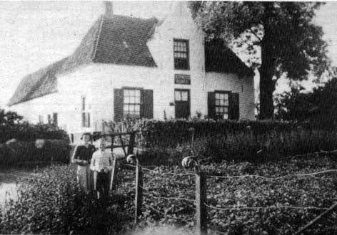 Het Doorwerthse Veerhuis aan de zuidoever van de Rijn