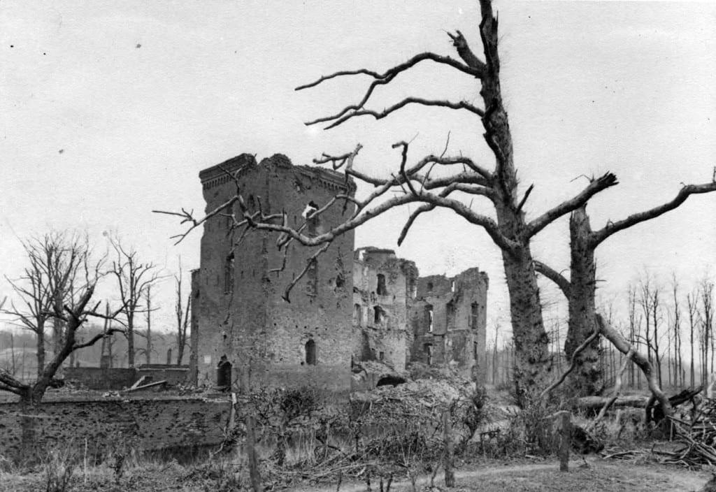 De restanten van het ooit trotse kasteel Doorwerth.